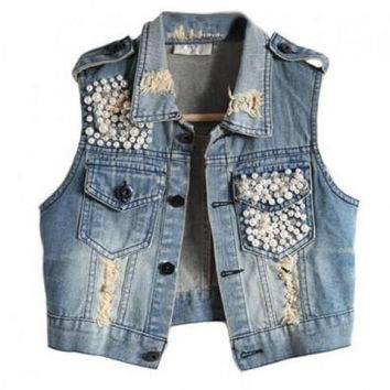 Demi Vest with Pearl Accent