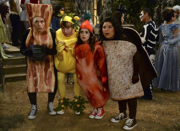 Austin and Ally - Monstober - 2015 - Disney Channel Spooktacular