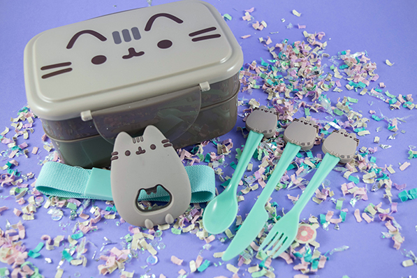Pusheen Box - Spring 2017 Unboxing