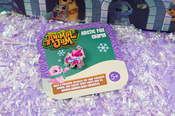 Animal Jam Winter Unboxing