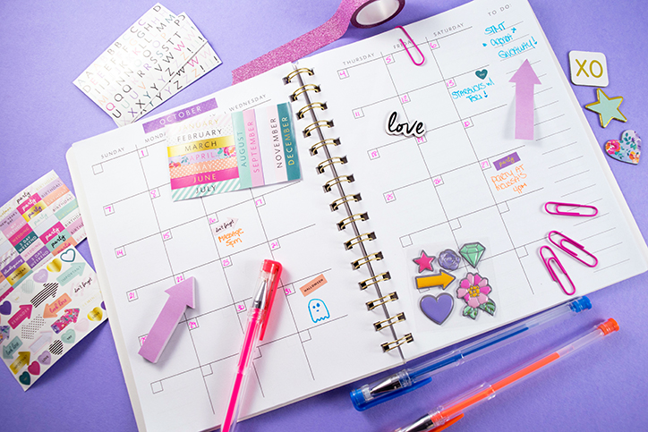 Plan Your Perfect Year With the STMT DIY Agenda Set + GIVEAWAY