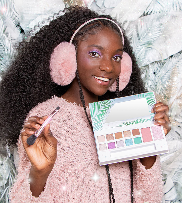 Holly Jolly Giveaway: Petite 'n Pretty Makeup Collection