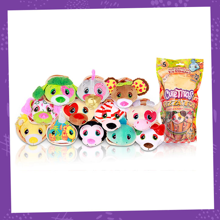 A pyramid of Cutetitos Pizzaitos collectible plush and their packaging