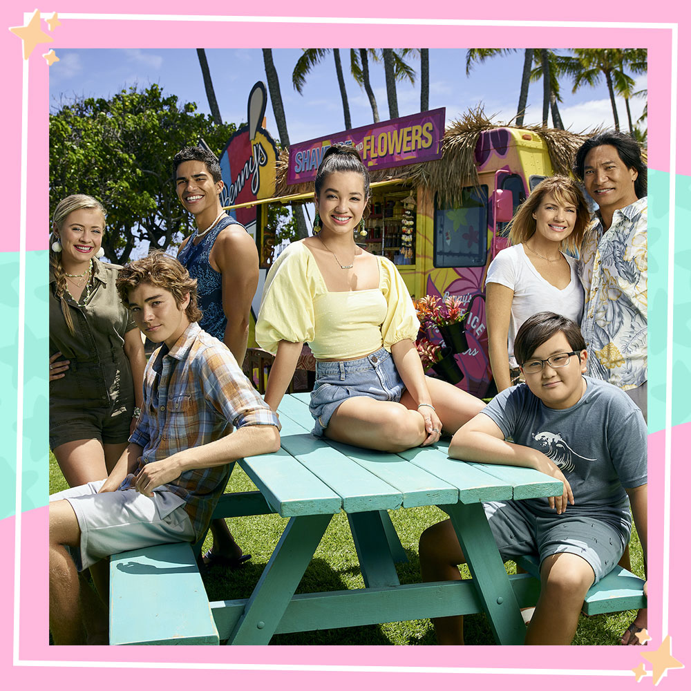The Doogie Kamealoha, M.D. cast poses in character in front of Lahela's familys shave ice truck